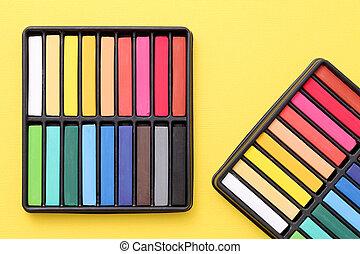 pastelli, colorito