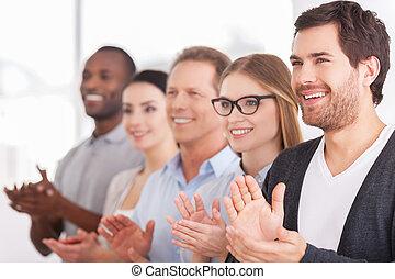 persone, allegro, fila, mentre, qualcuno, gruppo, battimano, innovations., standing, affari, corporativo