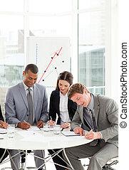 persone, contratto, studiare, affari, serio