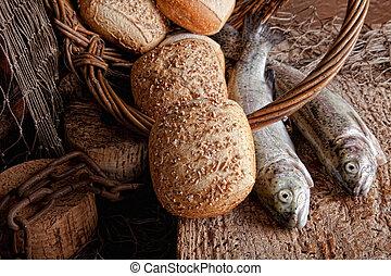 pesce fresco, bread