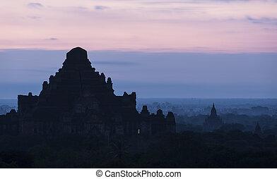 pianura, mandalay, bagan(pagan), myanmar