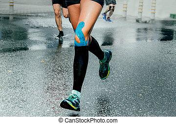 piedi, ragazza, calzino, compressione, corridori