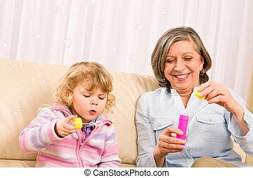 poco, gioco, soffiatore, nonna, ragazza, bolla