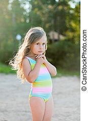 poco, sabbia, ragazza, gioco