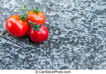 pomodori rossi, suolo