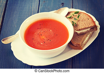 pomodoro, blu, panino, ciotola legno, minestra, fondo, bianco