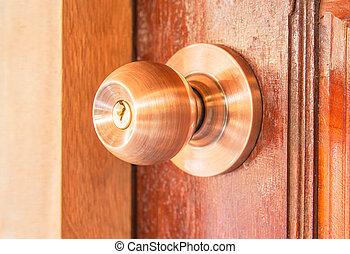porta, knobs.