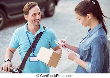 positivo, professionale, pacchetto, corriere, trasmettere, distribuire