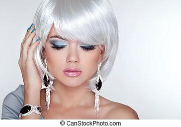 ragazza, moda, bellezza, modello, biondo, corto, orecchini, ha, bianco