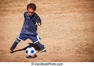 ragazzo, giovane, americano, africano, calcio, gioco
