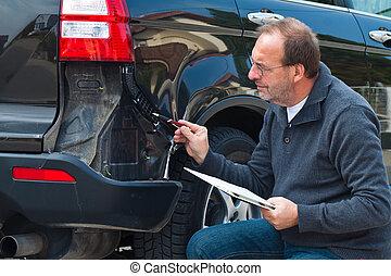 reclamo, automobile., assicurazione, automobile