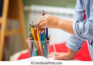 ritratto, ragazza, bambino, disegno, colorito, matite