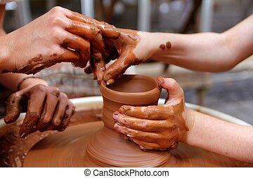 ruota, ceramica, lavoro, vasaio, officina, mani, argilla, insegnante