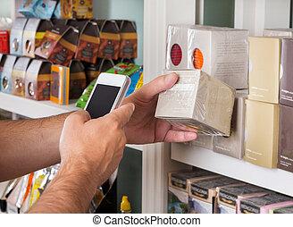 scansione, prodotto, mobile, mano, telefono, attraverso, uomo