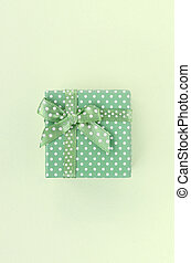 scatola, regalo, bugie, sfondo verde, piccolo, nastro, calce