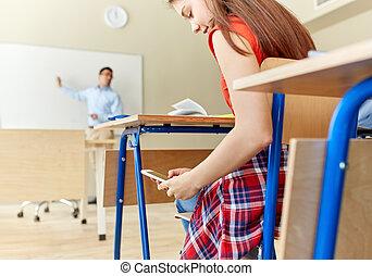 scuola, smartphone, texting, studente ragazza