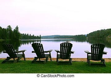 sedie, lago
