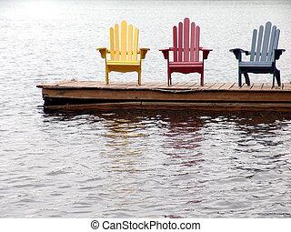 sedie, solitario, tre