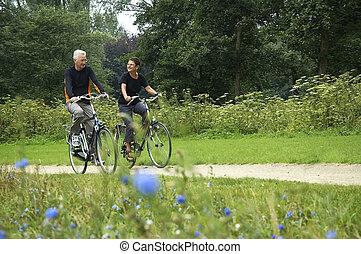 seniors, biking