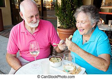 seniors, godere, datazione, antipasto