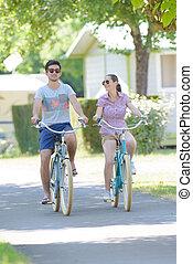 sentiero per cavalcate, campeggio, bicicletta