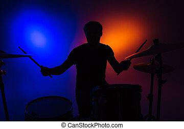 silhouette, appiccicare, seduta, tamburino, tamburi, gioco, uomo