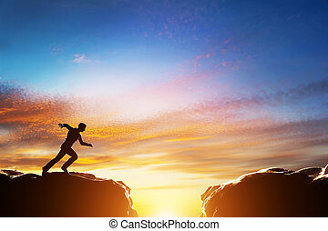 sopra, due, digiuno, precipizio, salto, correndo, fra, montagne., sfida, uomo