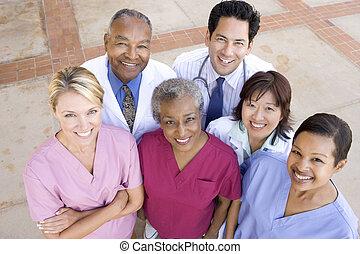 standing, angolo, ospedale, alto, esterno, personale, vista