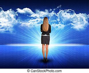 standing, blu, sole, contro, salita, donna d'affari, paesaggio