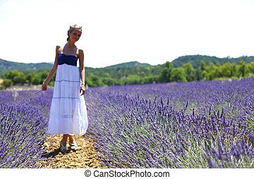standing, campo, donna, lavanda