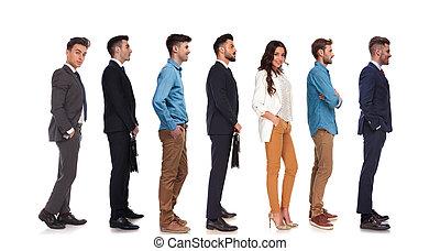 standing, differente, persone, sette, linea, vista laterale
