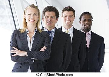 standing, quattro, sorridente, businesspeople, corridoio