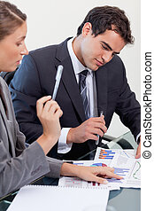 statistica, ritratto squadra, studiare, affari, concentrati