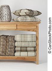 stile, spiaggia, cesti, naturale, tiri, ornamenti, vimine, tavola legno, cuscini, credenza, colorato, bianco