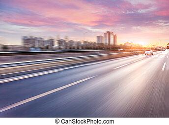superstrada, guida, automobile, offuscamento movimento, tramonto