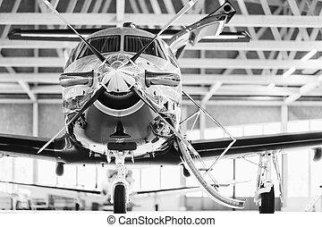 svizzera, 29th, 2010., stans, novembre, pilatus, aereo, turboelica, pc-12, singolo, hangar.