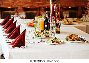tavola, cibo, bevanda