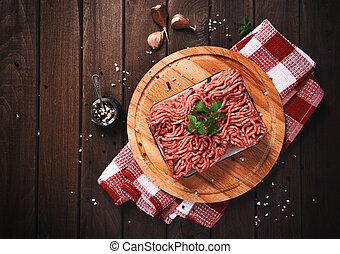 tavola legno, carne tritata