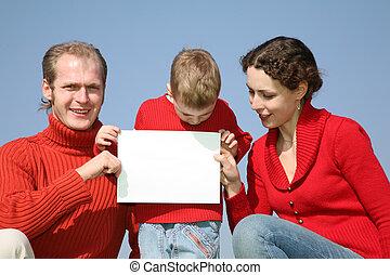 testo, famiglia, scheda