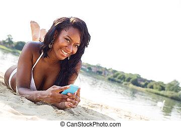 texting, spiaggia