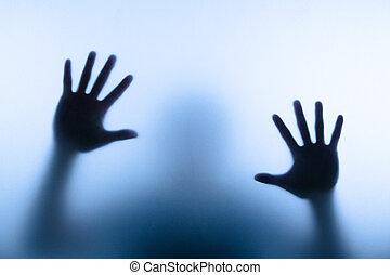toccante, uomo, mano, offuscamento, vetro