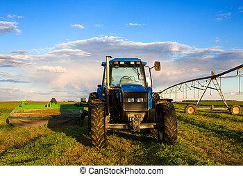 trattore azienda agricola