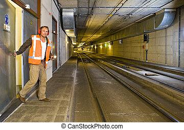 tunnel, ingegnere