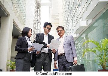ufficio, affari, ceo, backgrou, segnalazione, asiatico, squadra, anziano