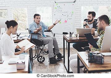 ufficio affari, momenti, ufficio., lavorante, moderno, discutere, carrozzella, uomo