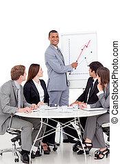 uomo affari, vendite, segnalazione, sorridente, figure