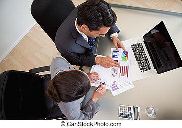 vendite, studiare, statistica, persone