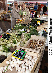 verdura, shopping, due, mercato, donne